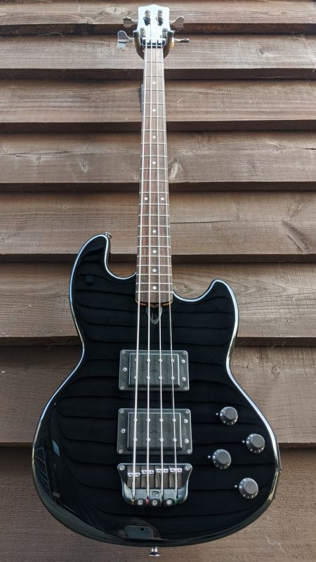 Mk1 with gloss black body finish, and matching gloss black headface.